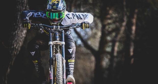 Dainese e Canyon Factory Racing